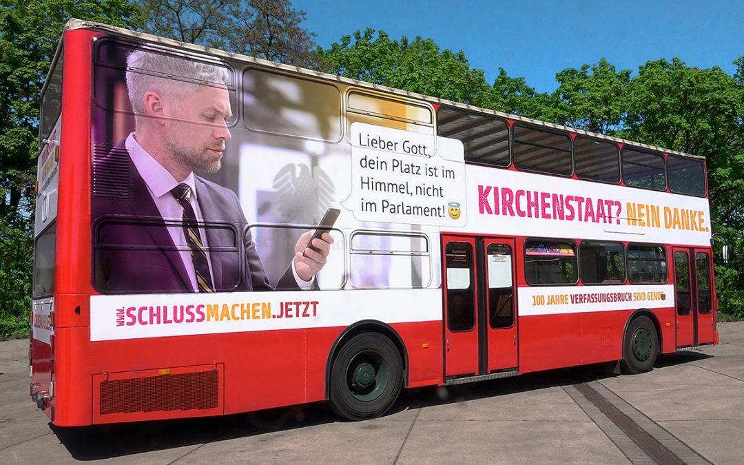 Abschied von der Kirchenrepublik –  Die Deutschlandtour der Säkularen Buskampagne hat begonnen