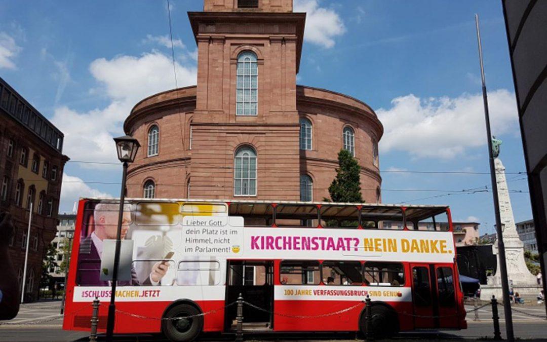 """""""Deutschland ist ein demokratischer, sozialer und weltanschaulich neutraler Bundesstaat"""""""